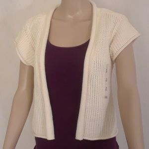 NEW Old Navy Cream Cropped Cardigan - Size M